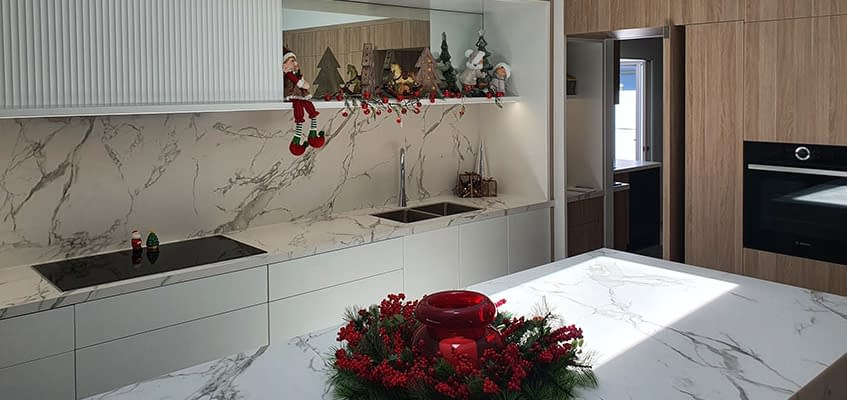Stone Splashback Ideas for Kitchen