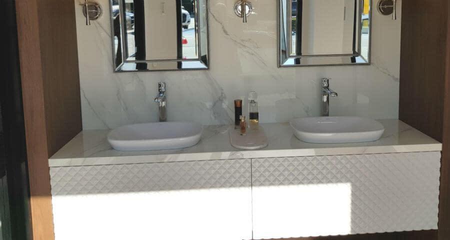 Porcelain benchtop perfect in the en-suite